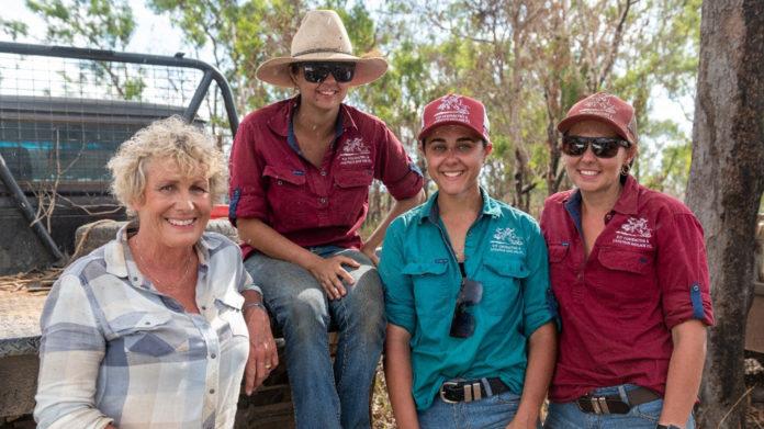 Heather Ewart with the Fawcett sisters Kyla, Kimberley and Kellie (image - ABC)