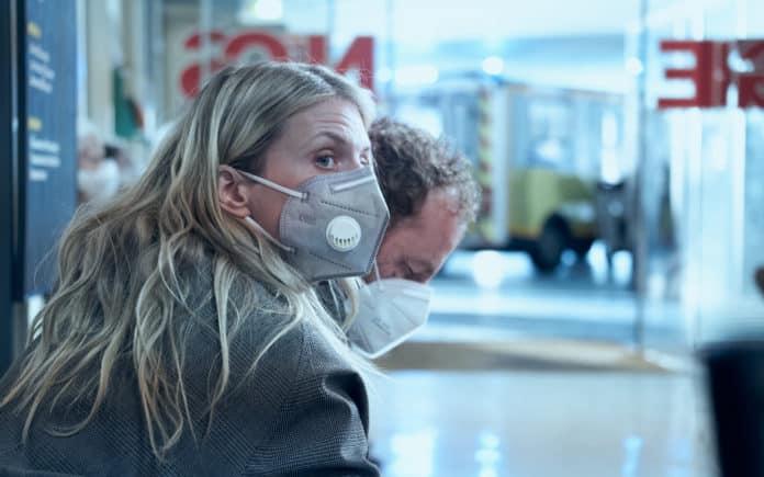 Oxygen (image - Netflix)